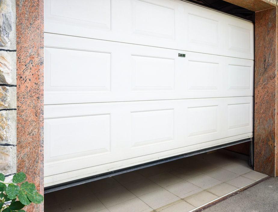 garage door not closing properly
