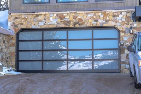 garage-door-glass-panel